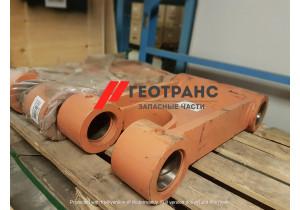 Центральный рычаг ковша (трапеция) Hitachi  EX215LC